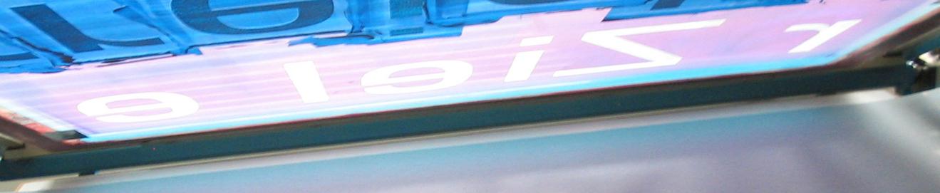 Präpariertes Sieb zum Druck einer Farbe mit dem Wort 'Ziel'